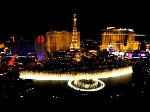 Fly Me To The Moon by Frank Sinatra - Bellagio Fountain Show in Vegas