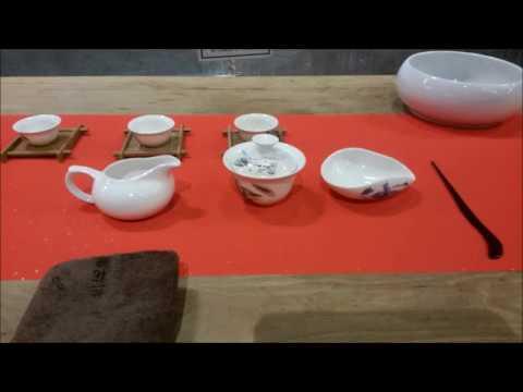 Teaching English in China:  Shenzhen Bao'an Tea culture event