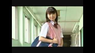 重盛さと美さんの後輩の斎藤雅子さんの 学校へ登校をし一番乗りをするシ...