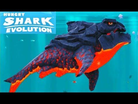 ОГНЕННАЯ АКУЛА  пробив БОССА огромного КРАБА в игре на телефоне Hungry Shark Evolution
