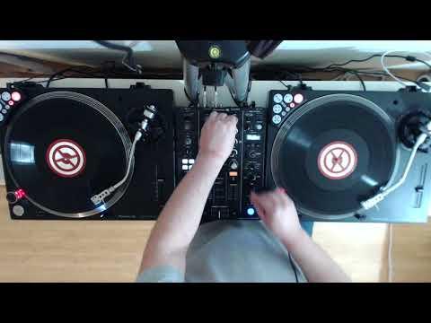 Short Mix 2017-12 (PLX-500 + DJM-450 + Traktor Scratch)