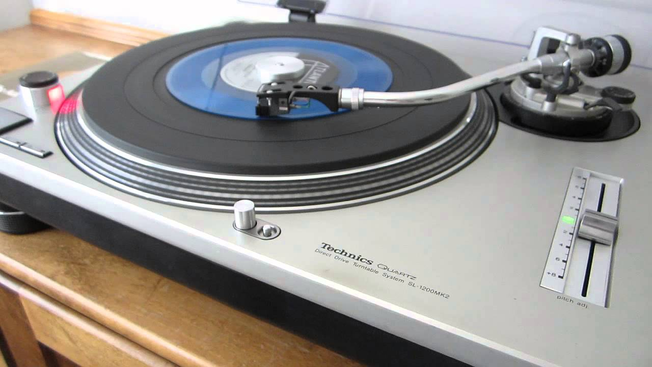 technics sl 1200 mkii in excellent condition by original owner