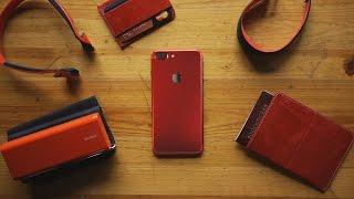 красный iPhone 7 и компания. Кому?