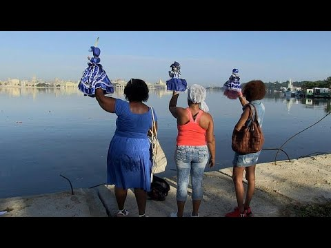 شاهد: الكوبيون يصلون لعذراء ريجلا لوقف وباء كورونا  - 06:53-2021 / 9 / 9
