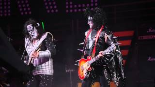 Tom Izzo performs with KISS cover band War Marchine