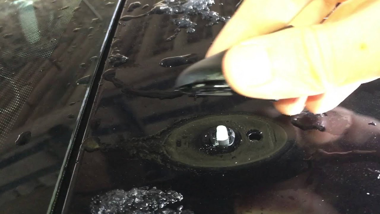 Replacing Aerial On Ford Fiesta 2012 Youtube