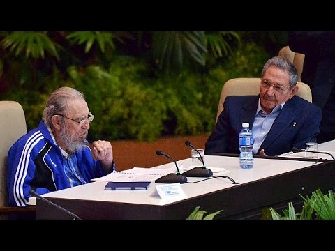 """Cuba's Castro brothers to """"give way to a younger generation"""""""