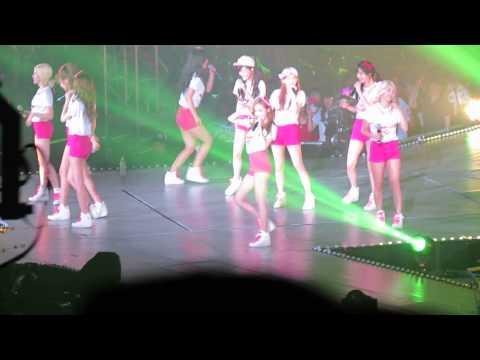 130609 SNSD Girls&Peace concert:Twinkle