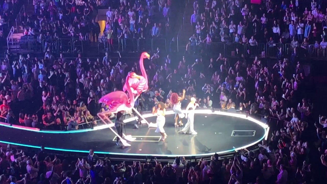 TGIF || MADISON SQUARE GARDEN || WITNESS WORLD TOUR KATY PERRY