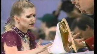 Tonya Harding (USA) - 1994 Lillehammer, Figure Skating, Ladies' Free Skate, 1st Attempt thumbnail