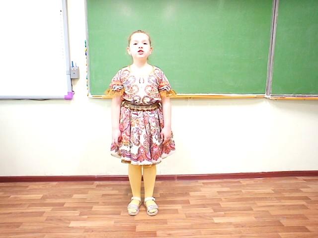 Изображение предпросмотра прочтения – МарияПескова читает произведение «Несжатая полоса» Н.А.Некрасова