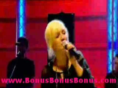 Ashlee Simpson - Boyfriend (Live)Kaynak: YouTube · Süre: 3 dakika1 saniye