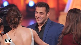 Salman Khan Rocks At Golden Petal Awards 2016