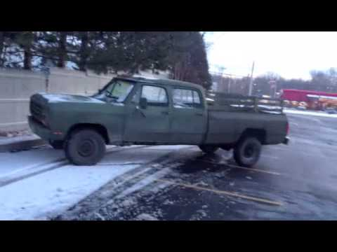 Old Dodge Ram >> old green army DoDge 4 door RAM - YouTube