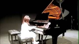Sylvia Ng Piano Studio Student Piano Recital July 2014 Claris Hwang, 5, Gr 8 Triniity College London
