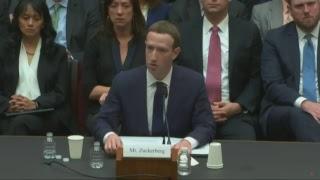 Scandalo Facebook - Cambridge Analytica, Zuckerberg alla camera Usa (con traduzione simultanea)