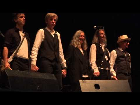 """Patti Smith & her Band perform """"Horses"""", Arena Wien,  7 - 14 - 2015"""