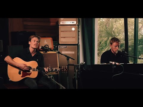 Hollow Coves - Ran Away (Live At Meadow Studios - Dublin)