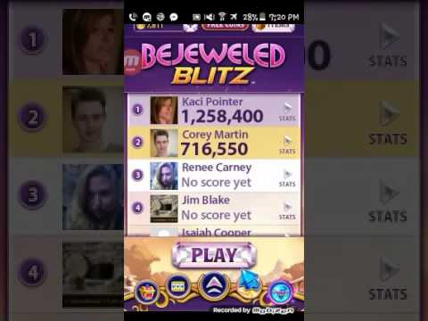 Bejeweled Blitz in level 11.