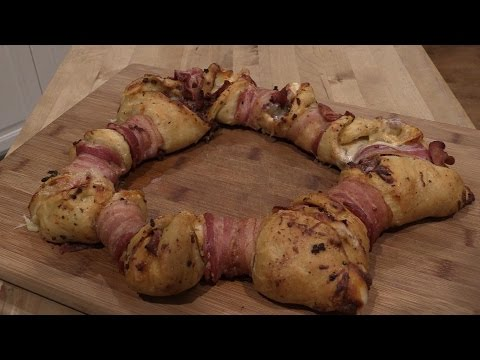 How To Make Bacon Wrapped Star PIzza