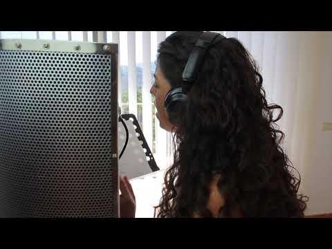 Hurt - Christina Aguilera (Cover by Rebeca)