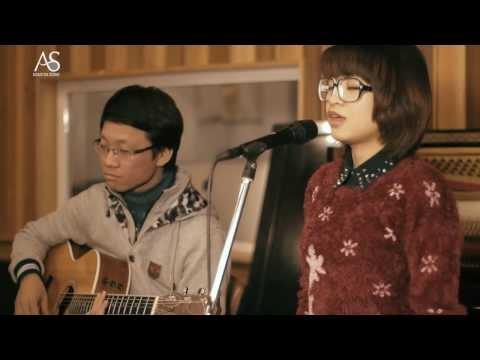 Đôi Giày Lười, Thanh Ngọc ft. Quang Minh, Týt Nguyễn at Acoustica Studio
