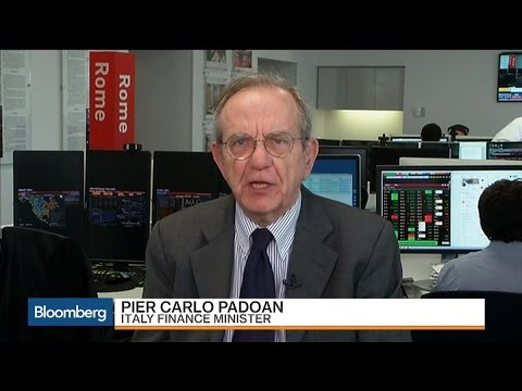Italy's Padoan Says Bank Deal 'Is Not a Bailout'