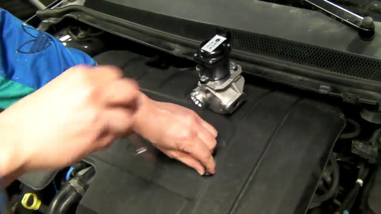Change Egr Valve On A Ford Focus 1 6 Tdci Youtube