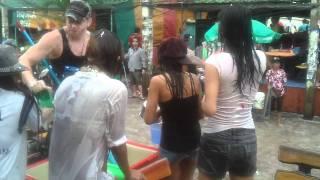 Pattaya Soi 7 Songkran 19/4/11 (part 10)