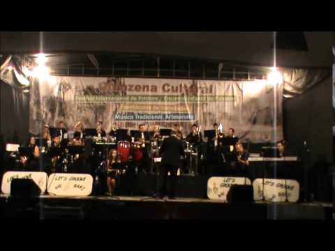 Let´s Groove Big Band and The Stage Lights