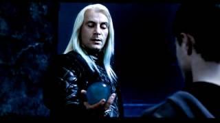 ハリー・ポッターと不死鳥の騎士団。 ハリー・ポッターはヴォルデモートに磔にされ、拷問を受ける、名付け親のシリウス・ブラックの幻覚を見...