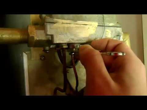 Подключение провода питания муфельной печи и установка термопары .