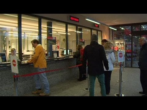 Swiss Bank Pay To Fuel Bonus Anger