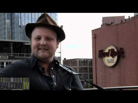 JOHN FRANCIS - WHO (BalconyTV)