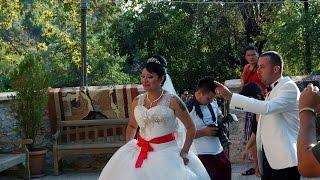 Свадебный обряд обязательный  для жениха и невесты