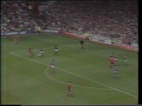 Liverpool 2 Aston Villa 1 01/09/1990