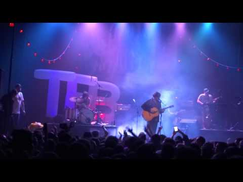 The Front Bottoms - Plastic Flowers - Live at The Majestic  on 10-28-15