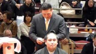 2014年2月1日(土)、雅山引退二子山襲名披露大相撲に行ってきました! 断...