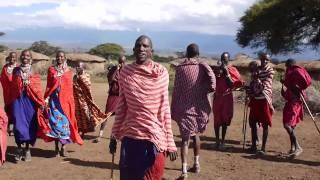 サンブール族の踊りと比較してみてください。
