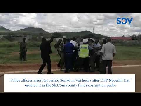 Drama in Voi: Video shows Mike Sonko in an ugly confrontation with police officers