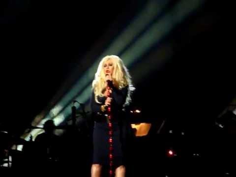 Christina Aguilera - Smile - Michael Jackson Tribute Concert, Cardiff 08/10/11