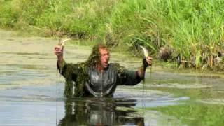 на что ловить рыбу руками