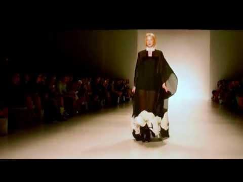 Zang Toi - New York Fashion Week - Spring 2015