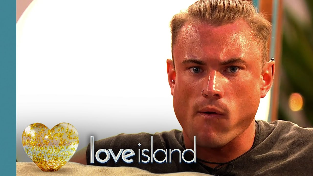 tom love island - photo #26