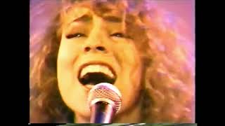 Quãng giọng khủng khiếp của Mariah Carey