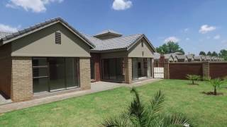 3 Bedroom House to rent in North West | Potchefstroom | Mooivallei Park | 1 Di Lusso |  | RR1195788