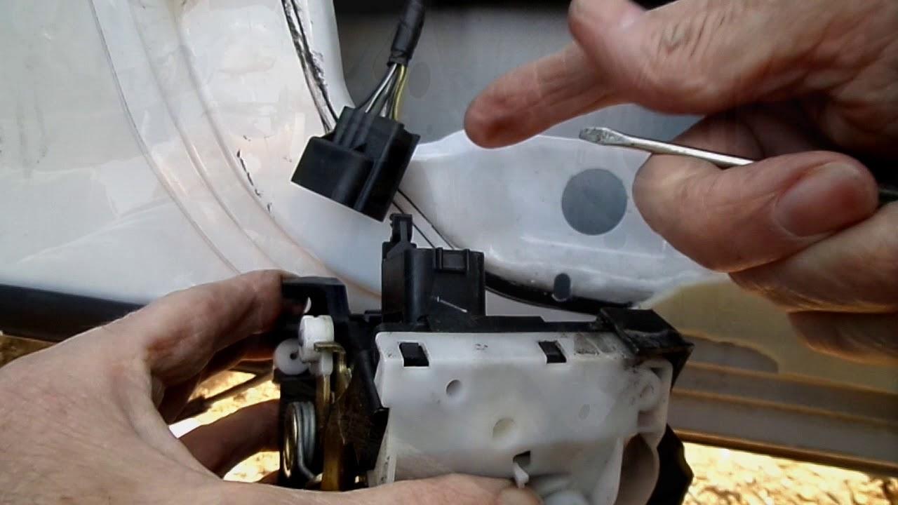 Ford Focus Door Handle Repair Youtube