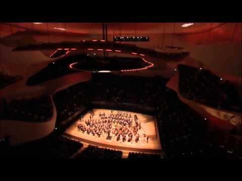 Ludwig van Beethoven   Symphony No  5   Gustavo Dudamel HD