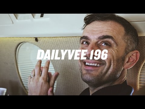 SOCIAL MEDIA TRAINING CAMP WITH THE DALLAS COWBOYS | DailyVee 196