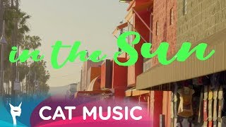 Alexie Divello & Peet Syntax feat. Chris L - Laugh in the sun (Lyric Video)